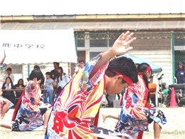 迫力ある中学生の踊り