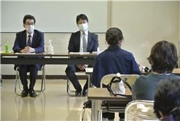 安全な食の流通に尽力される石河代表(左)と卸業「㈱風見」高橋哲也常務